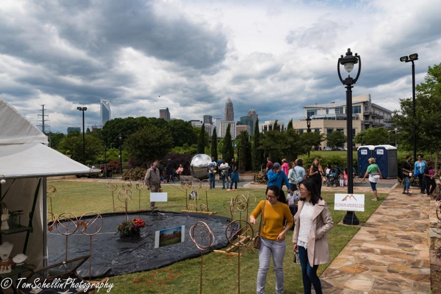 Art-Walk-on-Kings-Dr-2017-10